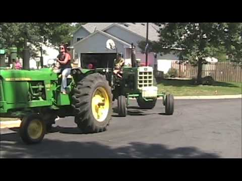 TRACTOR CRUISE PARADE COLOGNE, MN 2017