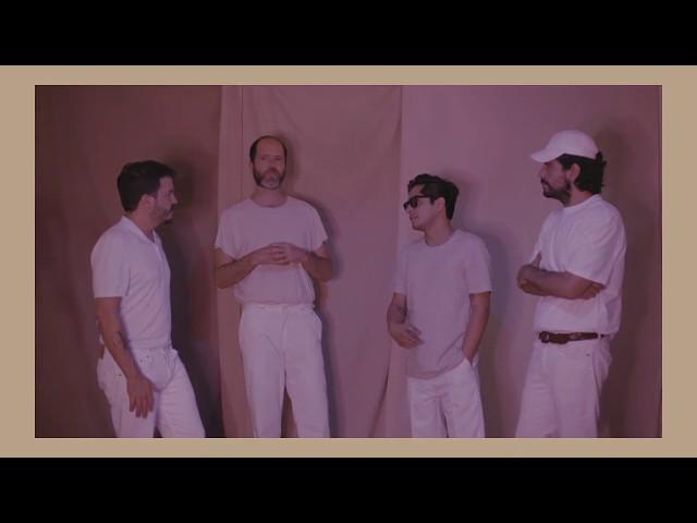 Technicolor Fabrics - Mejor (Lyric Video Oficial)
