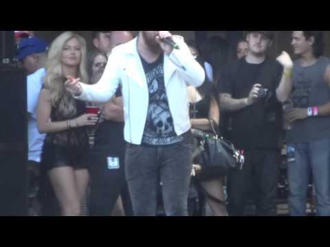 Asking Alexandria - Killing You Live @ Mayhem Festival 2014