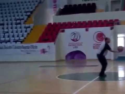 Kutalmış Gürel'den Orta Sahadan Ters Basket