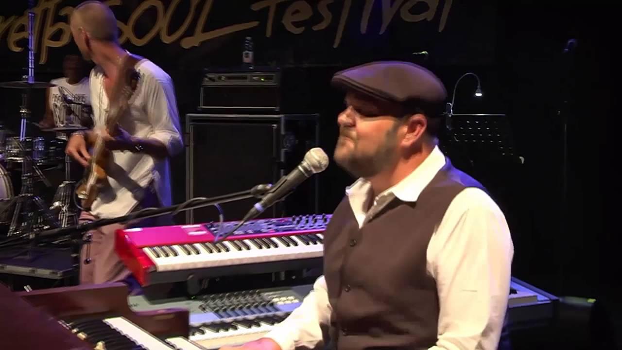 "James & Black - Porretta Soul Festival 2016 - ""Brighter than This"""