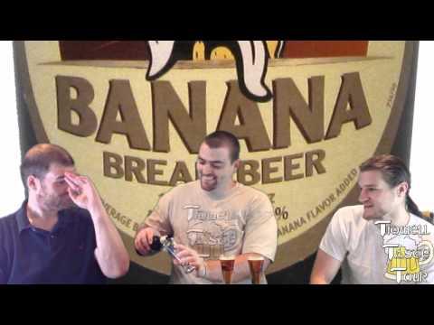 Wells Banana Bread Beer Review (Bedford, England, UK)
