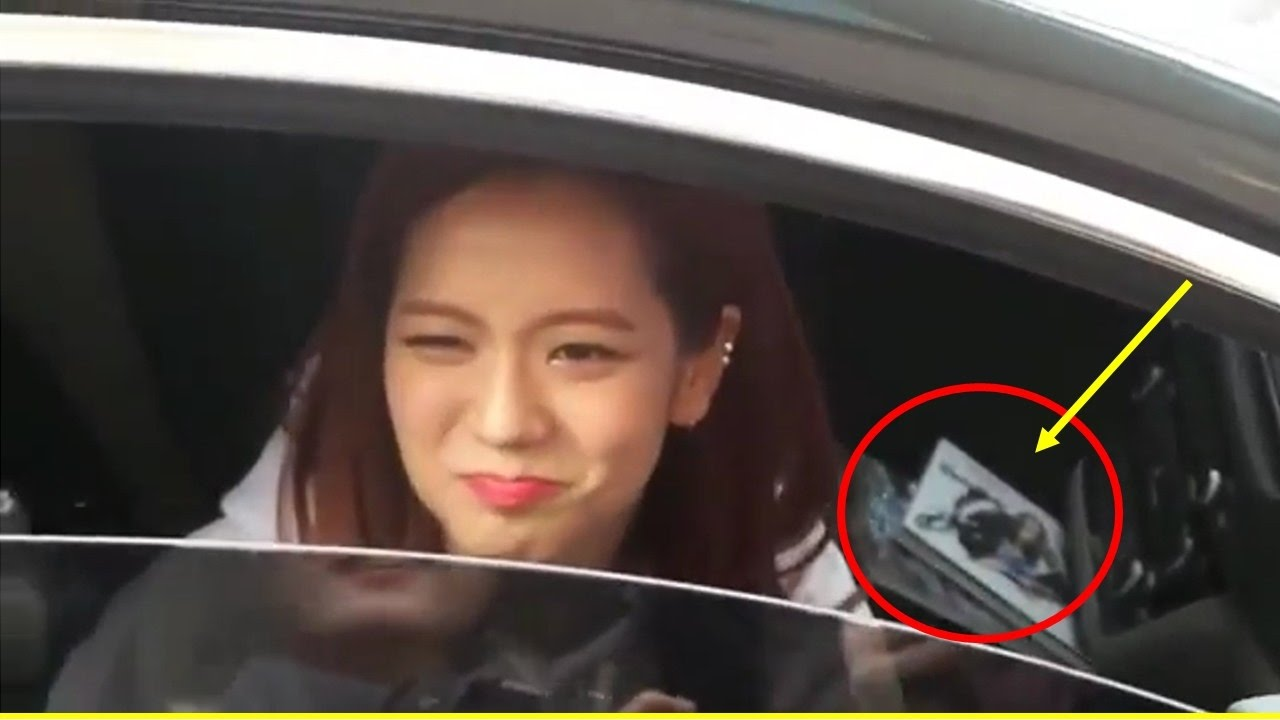 Cute Wallpaper Phone Case Blackpink S Jisoo Politely Declines Gifts From Fans Youtube