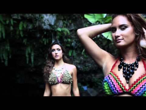Bikini Fashion Show A.Navai & TeveiPerle