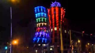 Танцующий дом в Праге. Good Tour(Офисное здание в Праге в стиле деконструктивизма, состоит из двух цилиндрических башен: нормальной и дестр..., 2013-12-26T20:10:16.000Z)