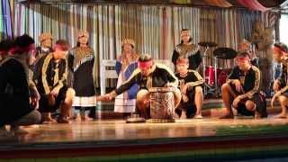 Scars ft. Haley Midzor (Mr FijiWiji Remix) - yh - YouTube