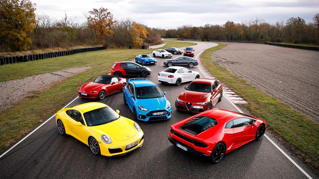 best handling car 2017 mega test mit 12 sportwagen in l 39 anneau du rhin sport auto youtube. Black Bedroom Furniture Sets. Home Design Ideas