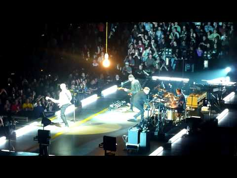 U2 - Out of Control. Vancouver 14/05/15
