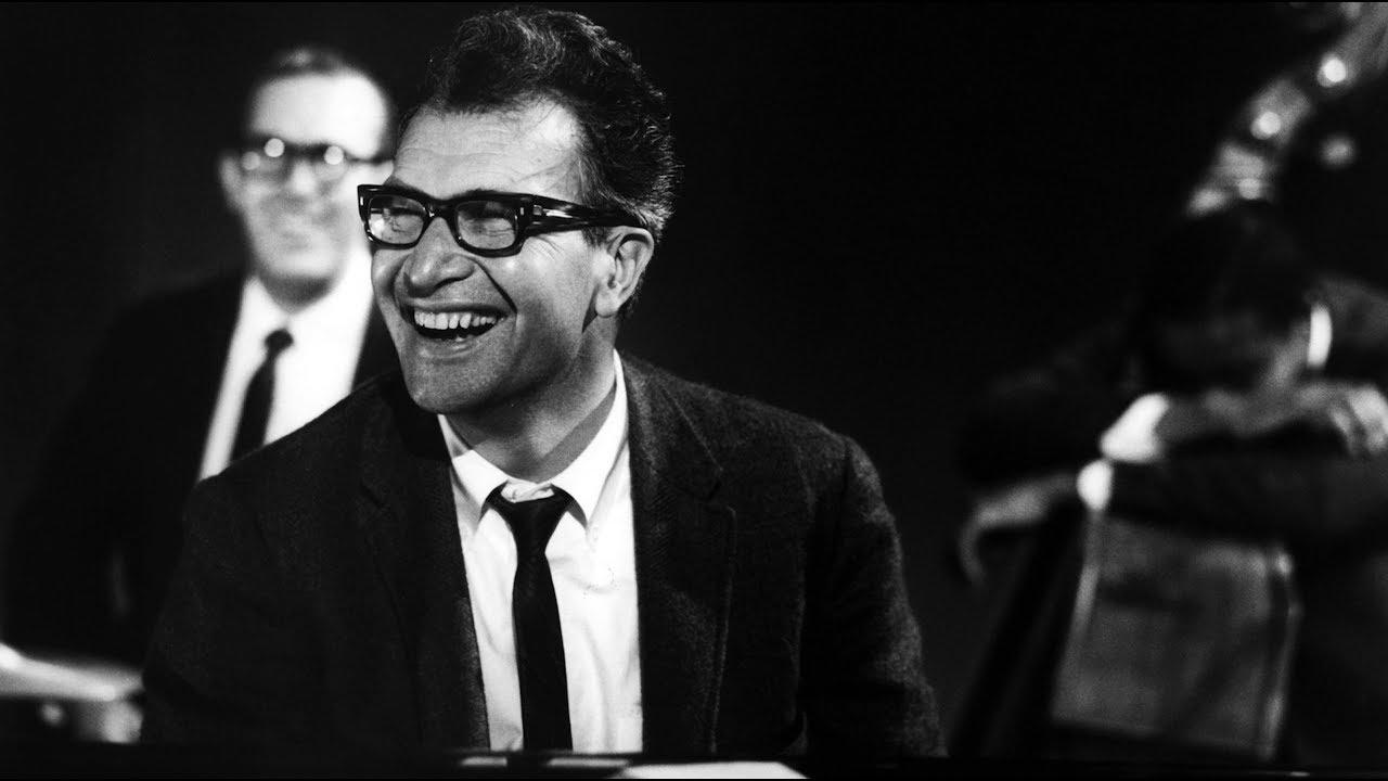 Dave Brubeck Quartet - Live In Juan-les-Pins (1967). - YouTube