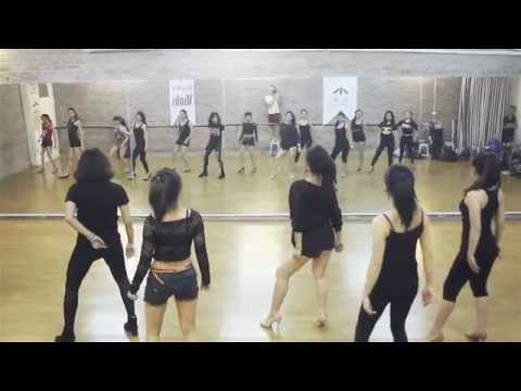 """Hiphop On Heels Class Dancing To """"Belly Dancer - Akon"""""""