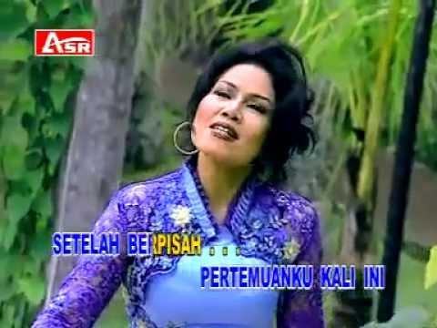 Rita Sugiarto - pertemuan - lagu dangdut