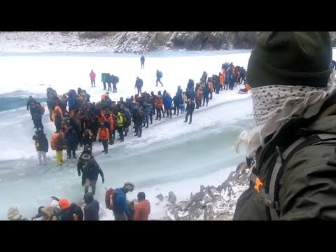 300 PEOPLE STUCK ON CHADAR TREK