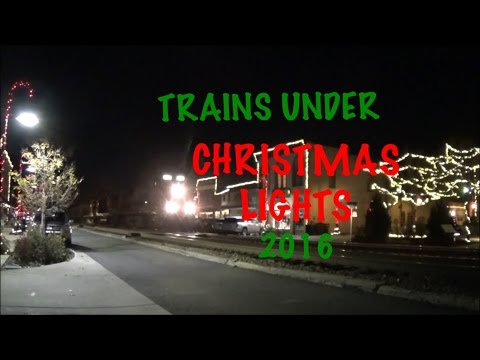 CSX & Amtrak Street Running Through Christmas Lights!  Ashland VA
