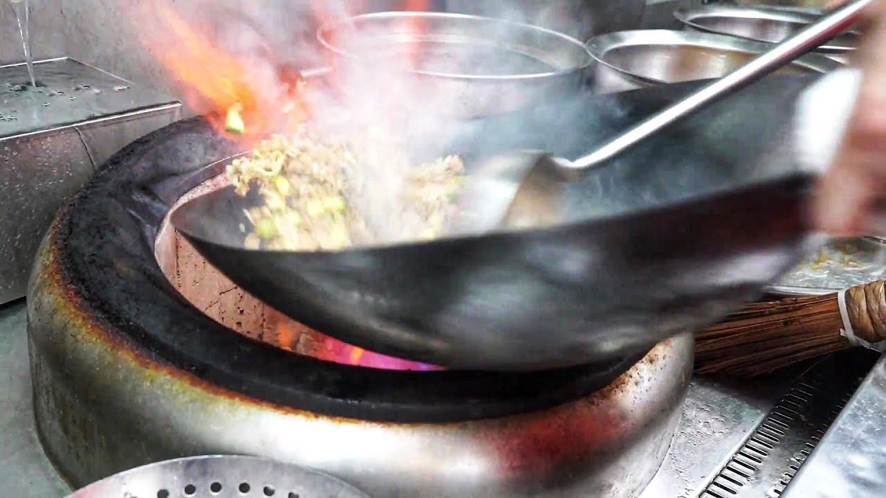 【星洲炒米】鑊氣十足 即叫即炒 涼瓜肉片炒麵 欖菜肉鬆炒飯 /Super wok gas, instant stir-fry noodles & rice yummy #lunch box #官塘財記