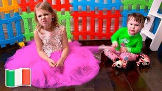 Cinque Bambini Mania & Stephy entrambi vogliono lo stesso vestito