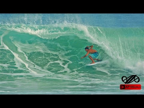Surf Action in Encuentro