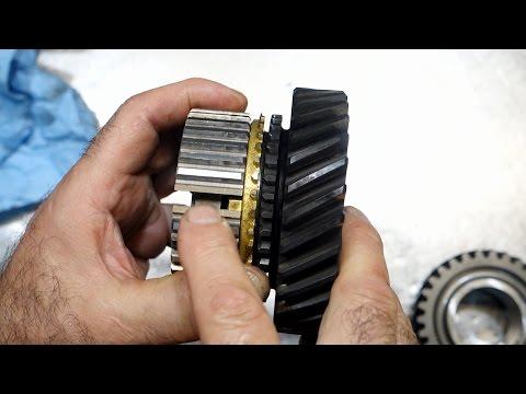 Muncie 4 Speed Transmission Repair - Fixing a poor rebuild