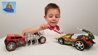 Роботы машинки Хот Вилс Паук и Скорпион совсем как живые  - Видео для мальчиков с машинками ХотВилс