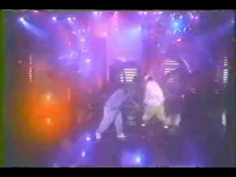 A Tribe Called Quest performing Award Tour on Arsenio Hall Show in 93