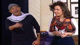 نجوم تياترو مصر يتريقون على 'سارة درزاوي ' علشان لدغه في ( ر ) هتموت من الضحك 😂😅 #تياترو_مصر