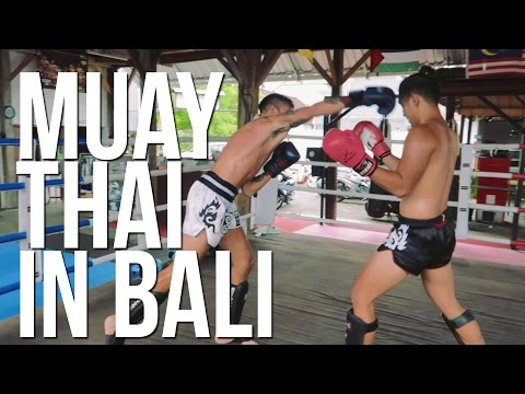 EPIC 80S TRAINING MONTAGE | DEE Muay Thai Bali