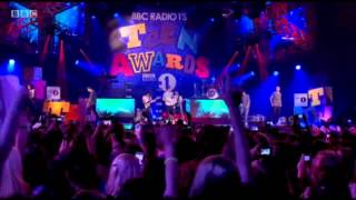 Repeat youtube video One Direction - Up All Night - Teen Awards