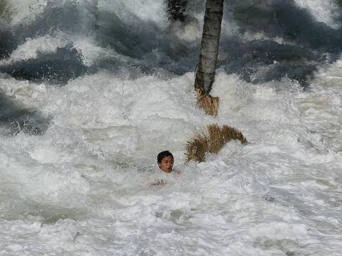 8.9 Magnitude Earthquake hits Japan causing major tsunami ... Indian Ocean Tsunami Wave