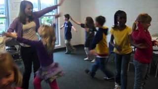 Little Kids Chicken Dance