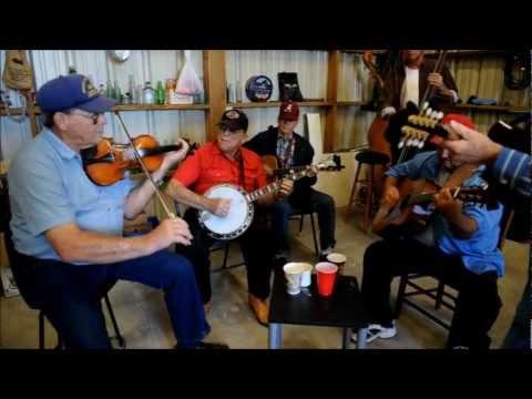 Bluegrass Thanksgiving 2012: OCOEE PARKING LOT BLUEGRASS JAM 11/23/2012