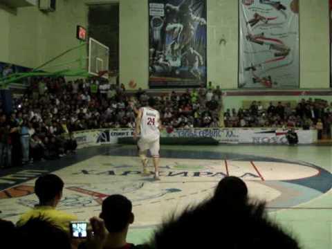 Basketball.. Mongolian slam dunkers.. The tallest guy in Mongolia.. =]