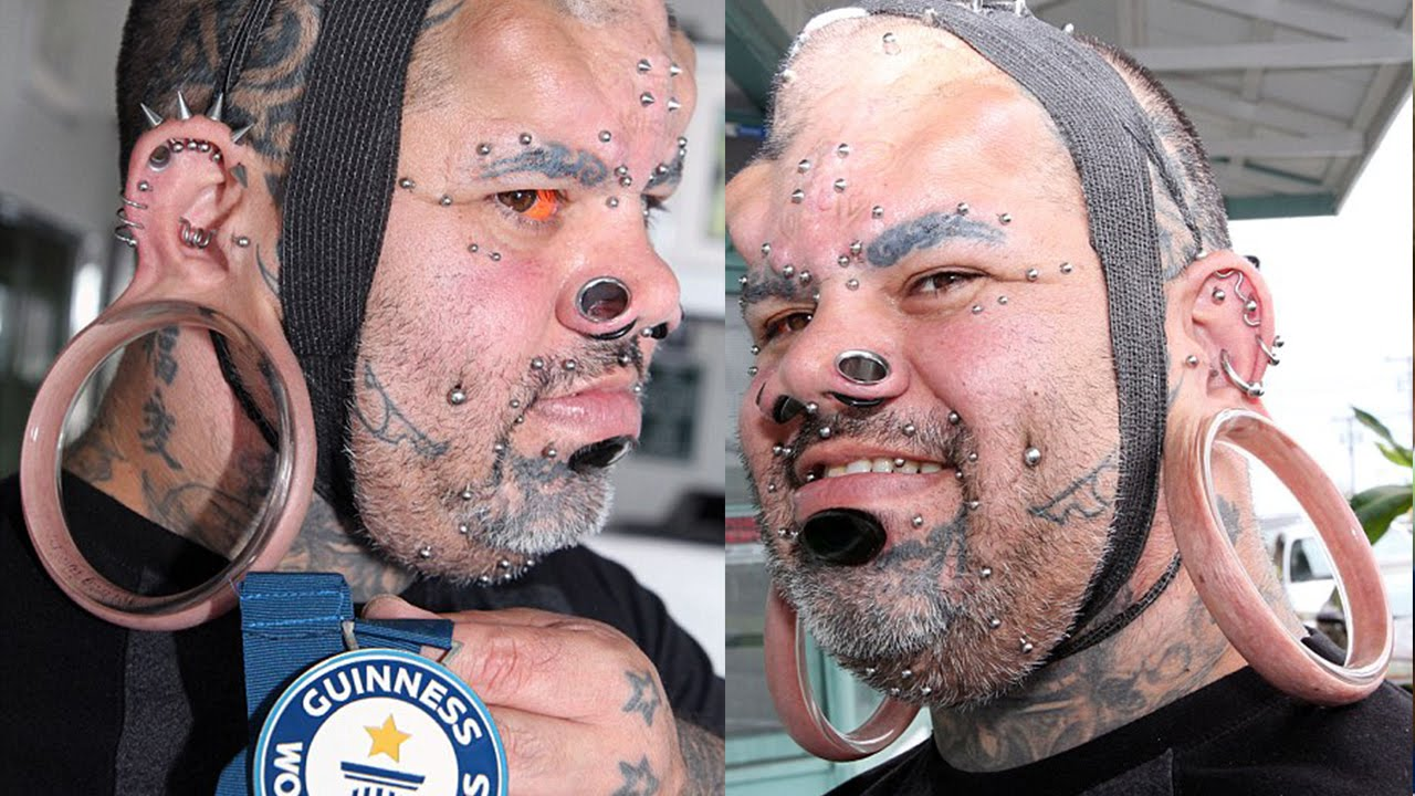 Man Has Biggest Stretched Earlobes In The World Youtube