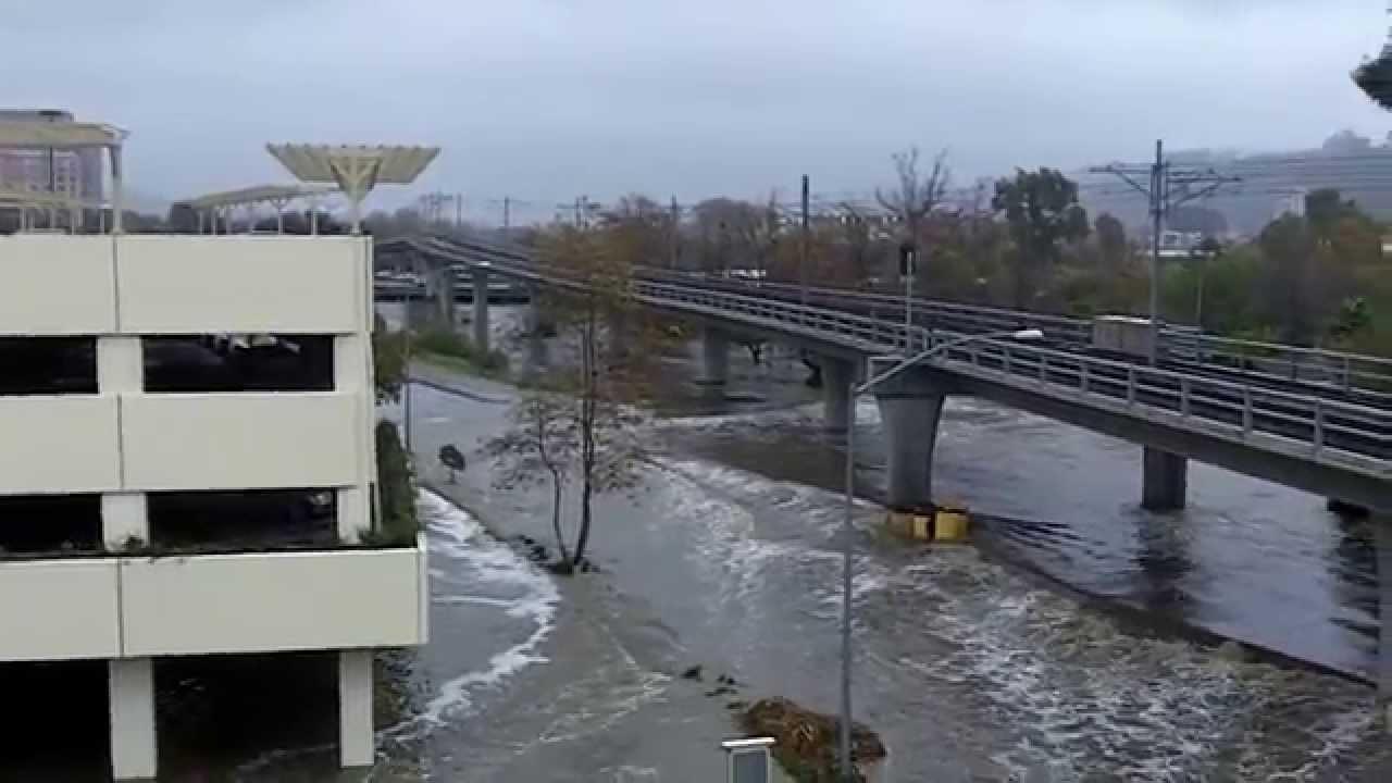 Fashion Valley flood - YouTube