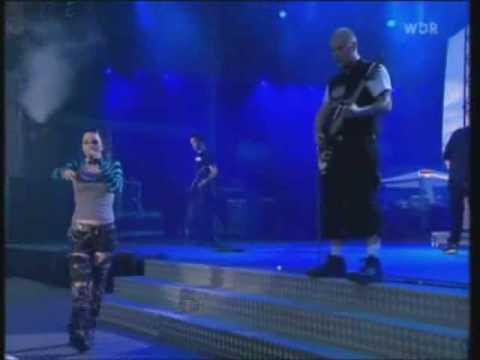 EVANESCENCE - IMAGINARY (Rock Am Ring 2003) (English - Español - Lyrics - Subs)