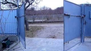 Самодельные автоматические ворота, пробный пуск.(, 2011-11-29T15:07:19.000Z)
