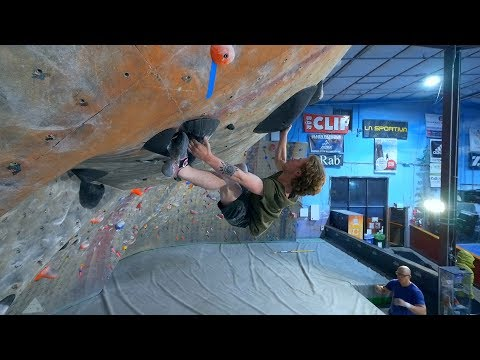 Routesetting Series - Episode 2 - Jackie Hueftle And Ian Powell