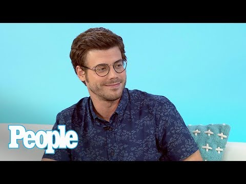 Midnight, Texas: François Arnaud Teases Steamy Scenes On New NBC Show & More | People NOW | People