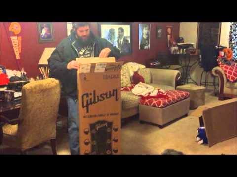 2016 Gibson SG Standard Unboxing - NEW GUITAR DAY!