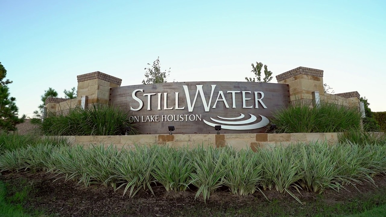 Unique New Lake Houston Luxury Homes | Discover the Beauty of Stillwater