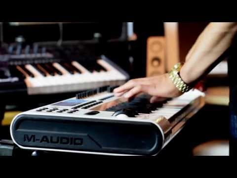 Making a  Hip Hop BEAT  - Crazy INSTRUMENTAL using REASON 5 m-Audio axiom 49 Pro Tools