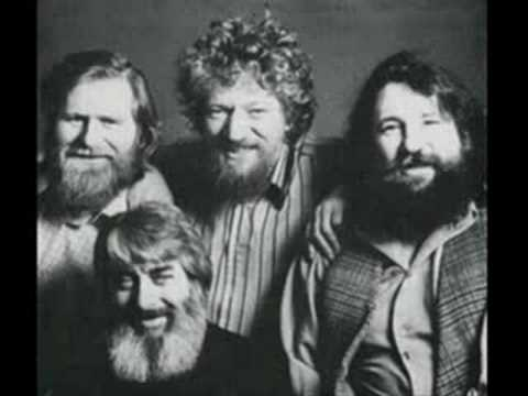 The Dubliners- A Pub With No Beer