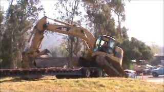Construction Truck video for Kids / Children - Giant Excavator backing off truck