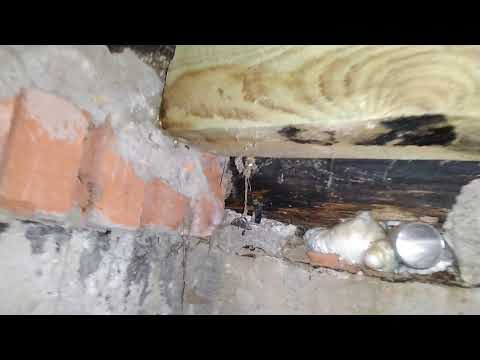 Замена столбиков лаг, дереняных полов, гниёт нажний венец сруба. Деревянный дом