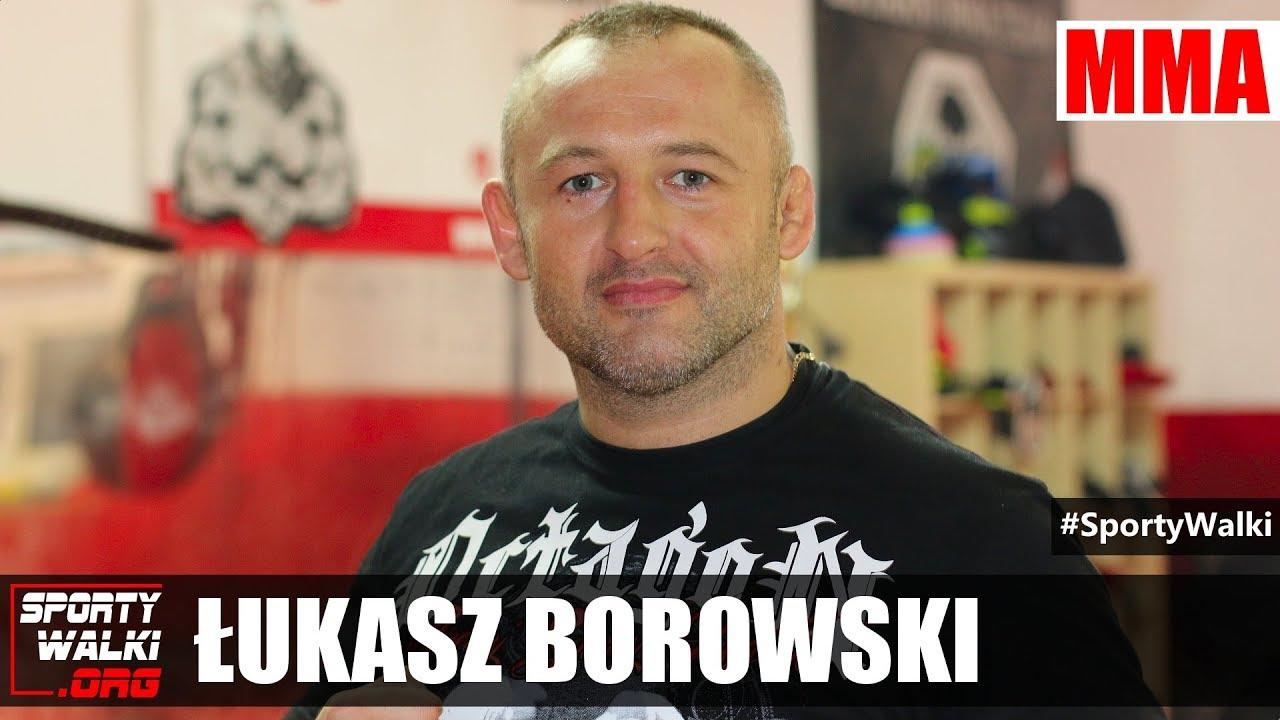 Łukasz Borowski przed walką z Szymonem Kołeckim