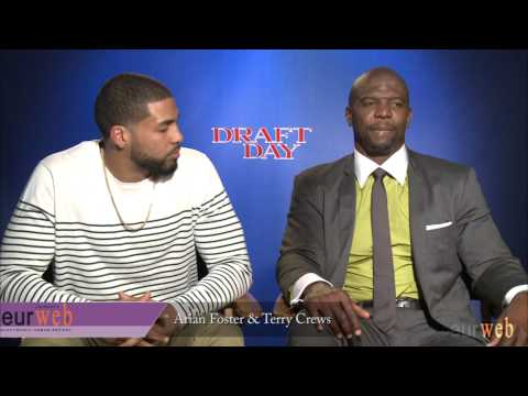 Terry Crews & Arian Foster Speak on Their Roles in 'Draft Day'
