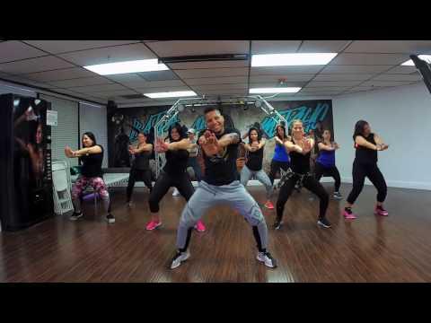 Despacito Luis Fonsi ft Daddy Yankee Choreography Baila con Micho