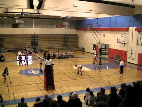 Chief Sealth volleyball beats Holy Names