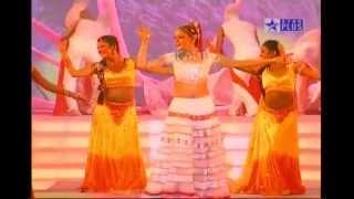 Aamna sharif lal dupatta dance in SPA 2005