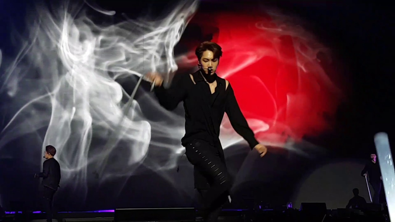 10 moments when EXO's Kai was a dancing king | SBS PopAsia