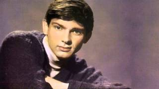 Gene Pitney -- (I Wanna) Love My Life Away