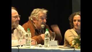 Mujica visitó Artigas junto a otros jerarcas de Gobierno